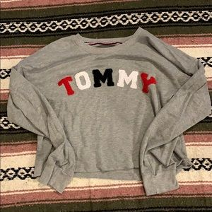 Tommy H sweater top! (size L)